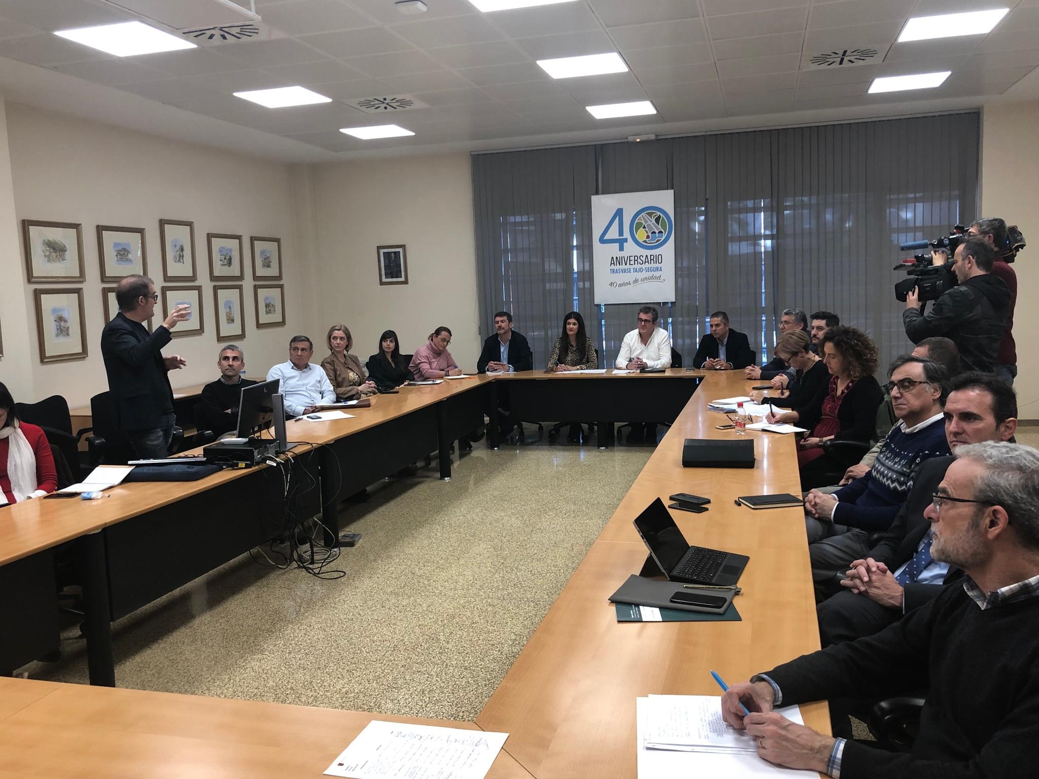 Nueva reunión de la Comisión de Seguimiento del estado del Mar Menor para analizar su evolución. Imagen: CARM