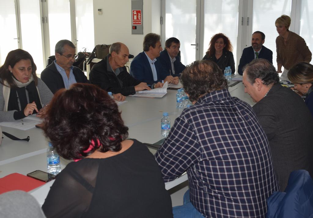El consejero de Empleo, Universidades, Empresa y Medio Ambiente, Javier Celdrán, presidió la reunión del Consejo Asesor Regional de Medio Ambiente. Imagen: CARM