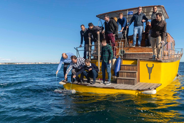 La sonda 'Nautilus' es la primera de una red que se instalará en diversos puntos del Mar Menor para seguir monitorizado la laguna. Imagen: CARM
