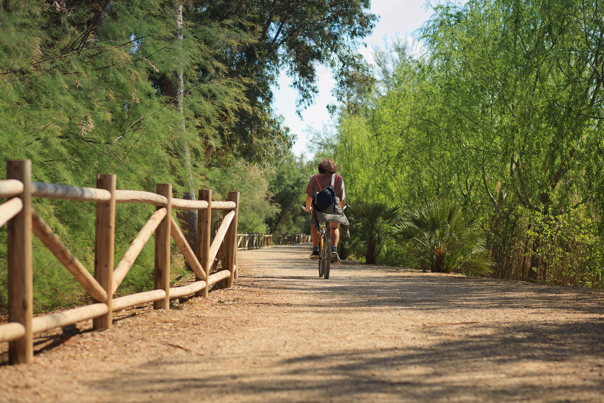 El 48 por ciento de los usuarios que han transitado por la Vía Verde de Mazarrón son cicloturistas. Imagen: Sergio González / CARM