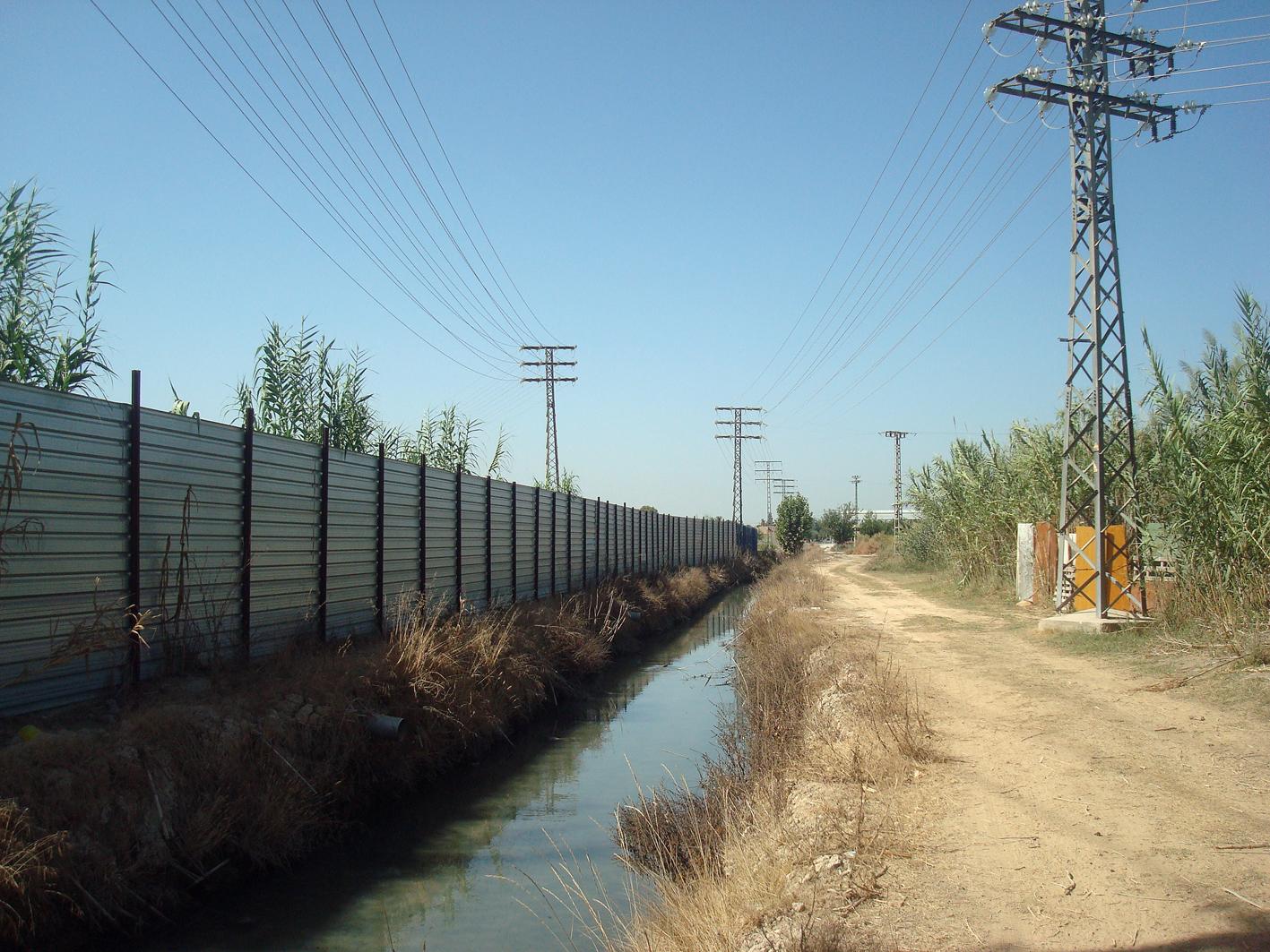 Ocupación de quijero con tipo de valla no permitido. Imagen: Huerta Viva