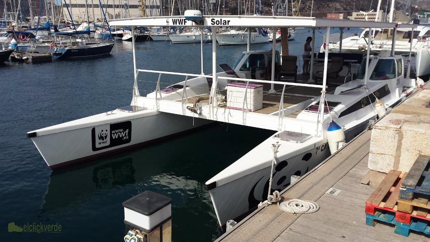 El catamarán WWF Solar.