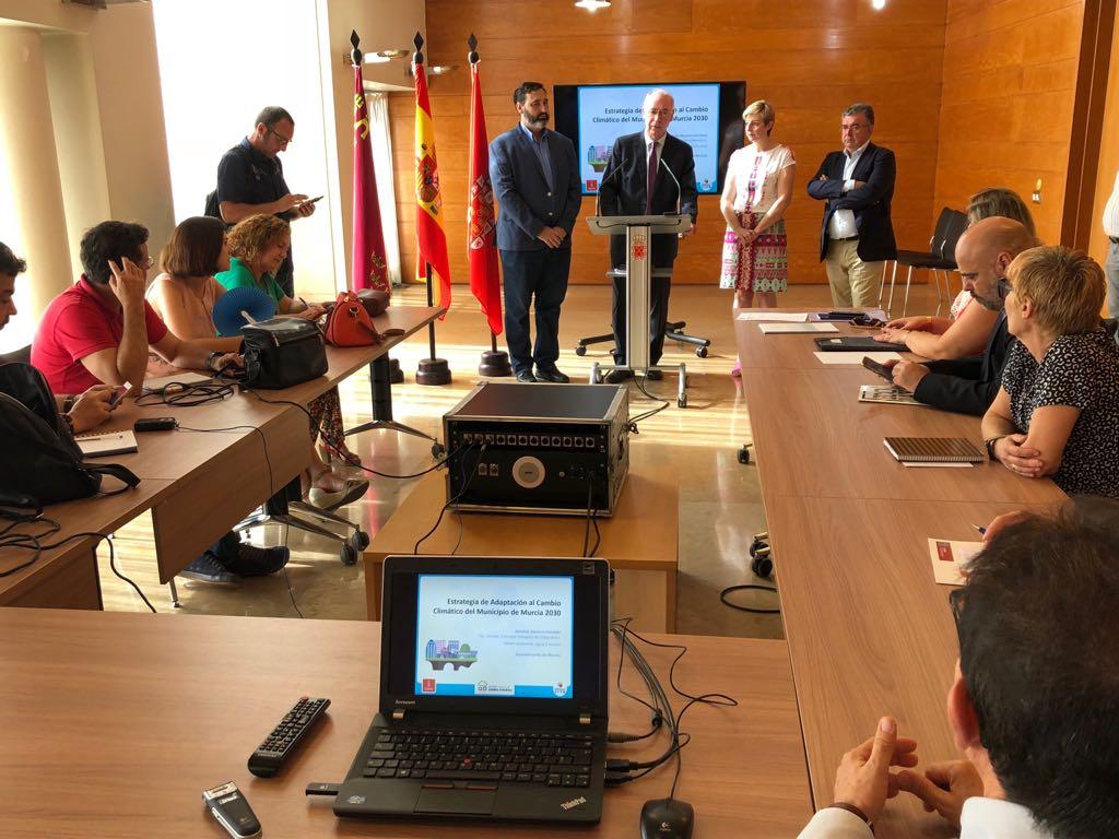 Presentación del documento final de la Estrategia de Adaptación al Cambio Climático que se va a remitir a la Comisión Europea. Imagen: Ayto. de Murcia