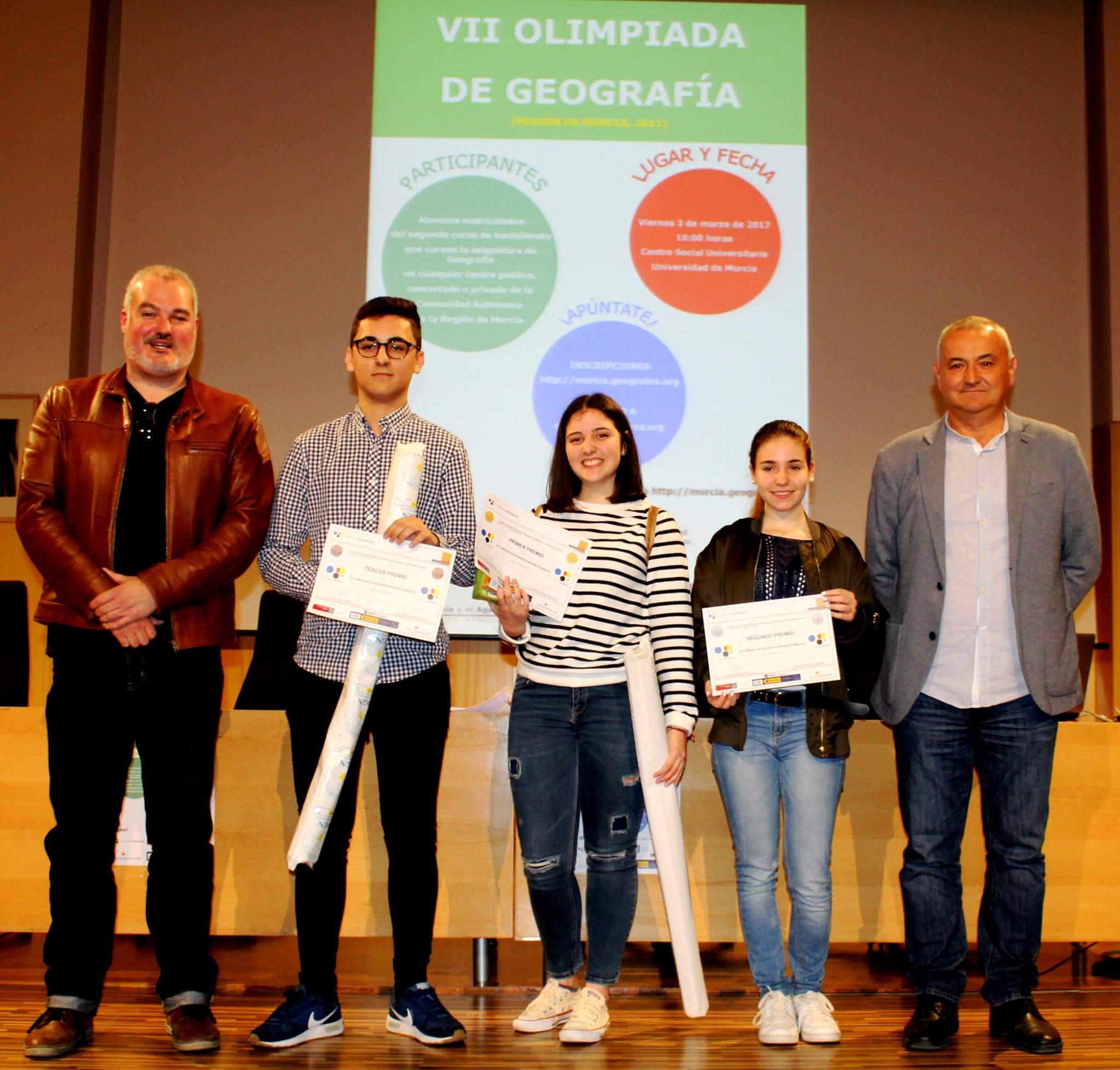 Los ganadores de la VII Olimpiada de Geografía de la Región de Murcia. Imagen: Colegio de Geógrafos en Murcia