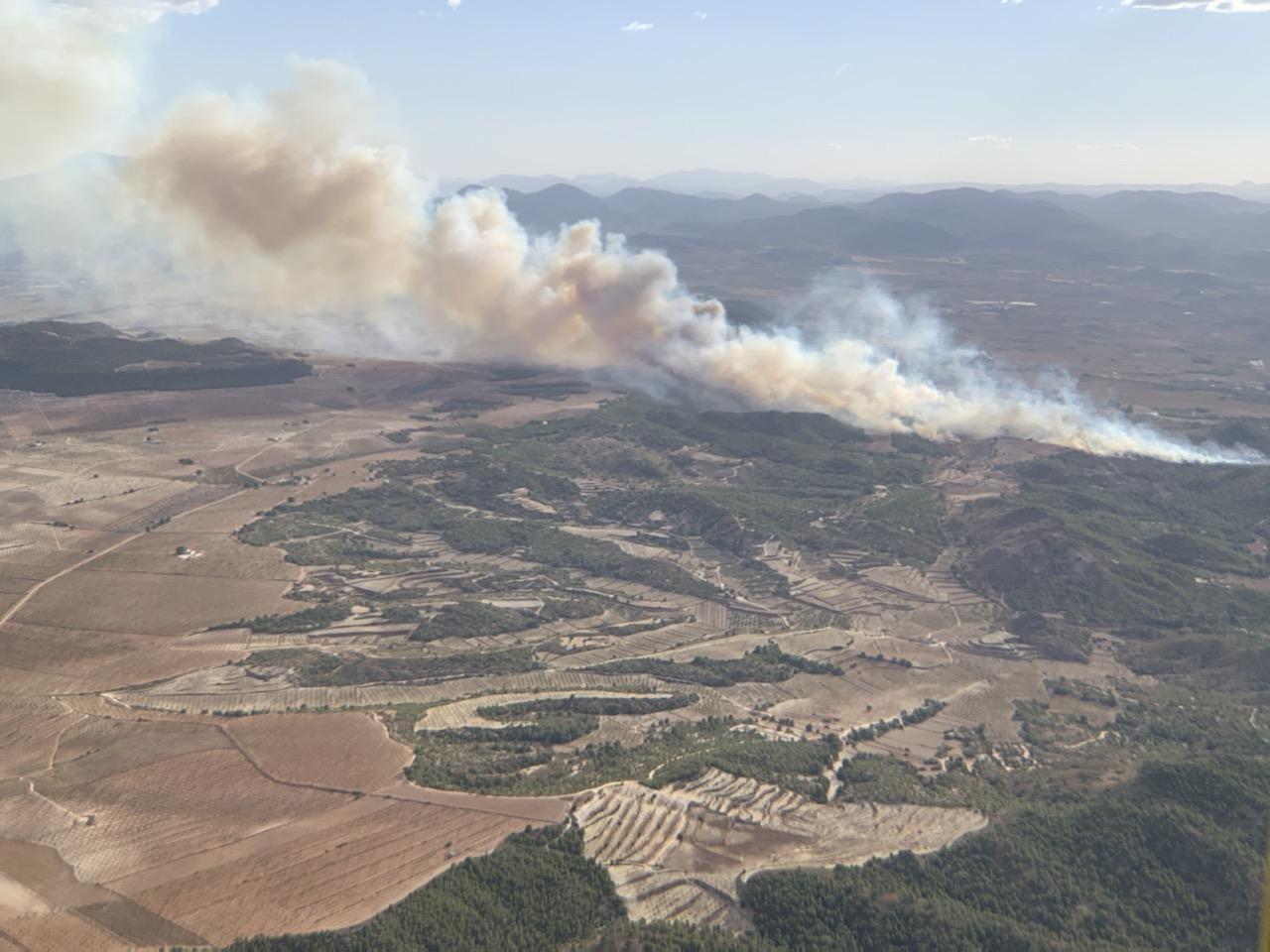 Vista aérea del incendio. Imagen: 112