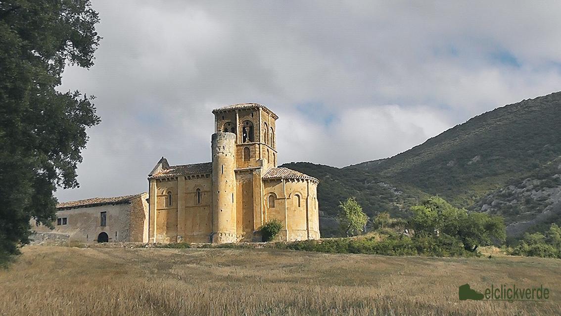 Foto: las iglesias del camino, como ésta, de San Pedro de Tejada, son un aliciente para iniciar un recorrido