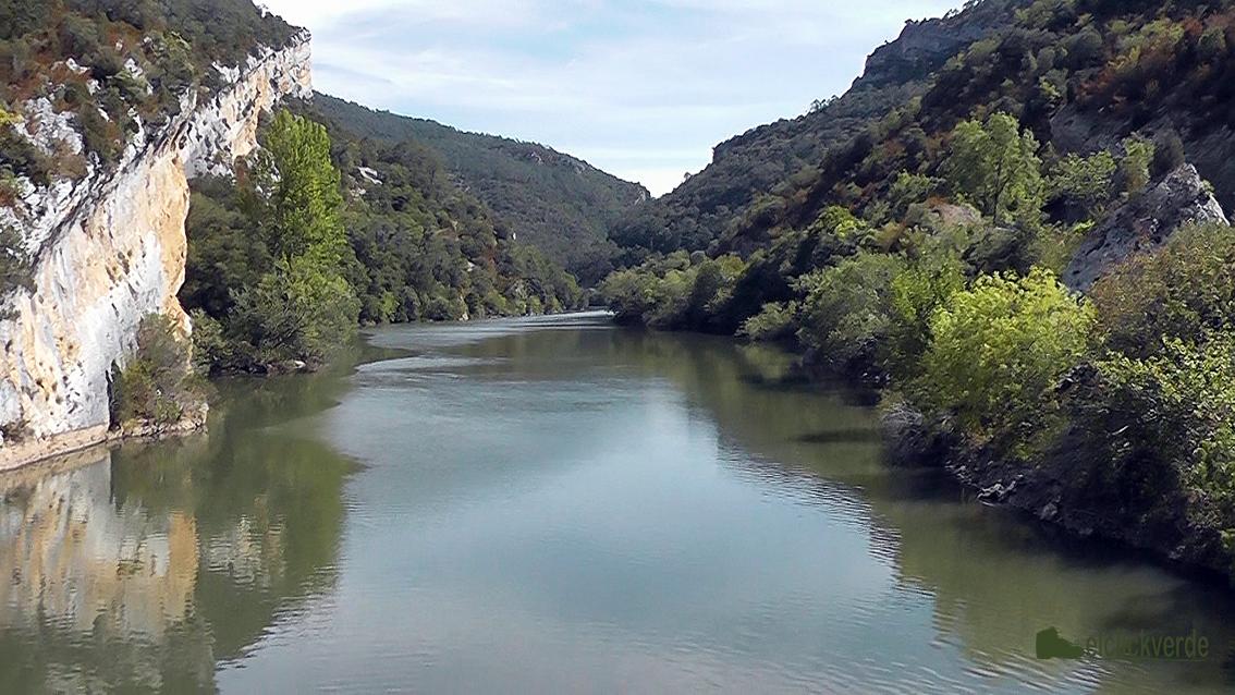 Foto: una tierra surcada por el Ebro y atractivos riachuelos.