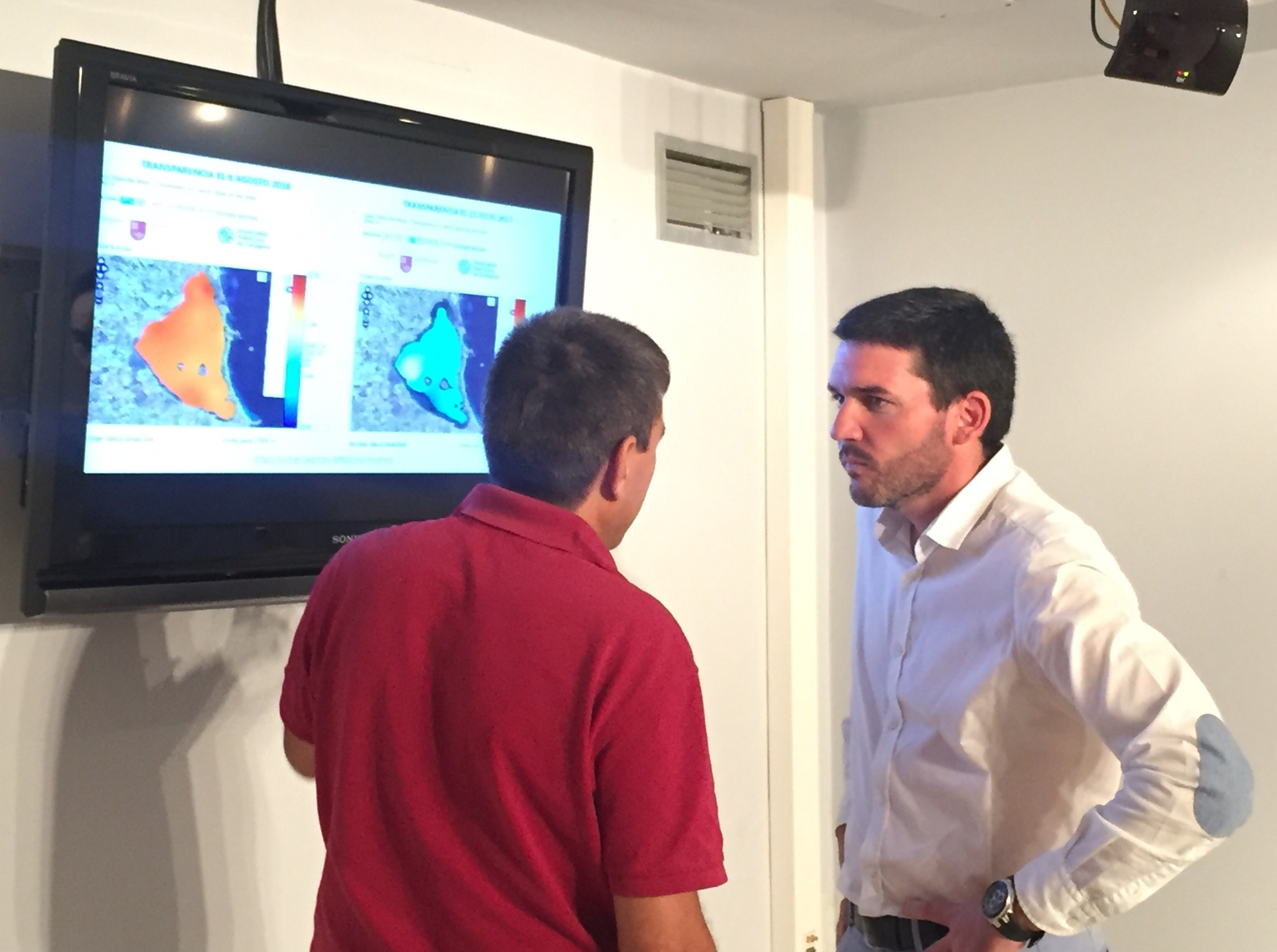 El director general del Mar Menor, Antonio Luengo, ha presentado el Servidor de Datos Científicos del Mar Menor. Imagen: CARM