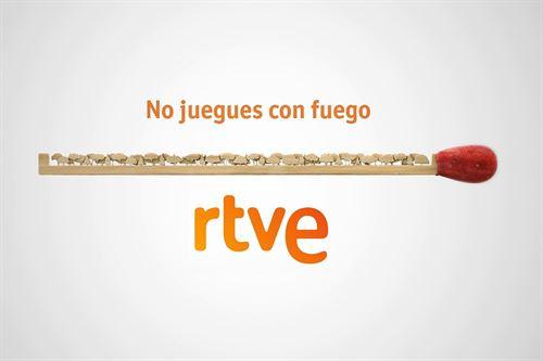 Campaña de RTVE contra los incendios, titulada 'No juegues con fuego' 2015.