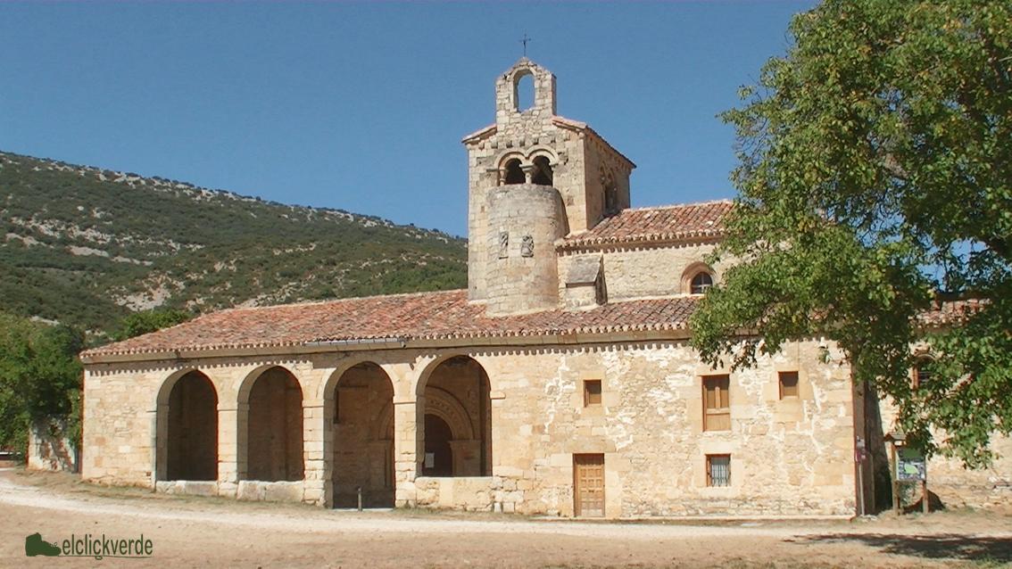 Foto: fachada de la iglesia de Valdenoceda